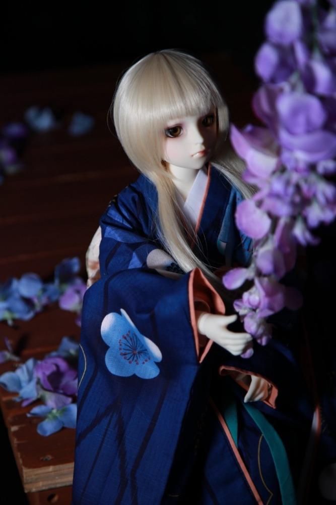 藤の花と翡翠